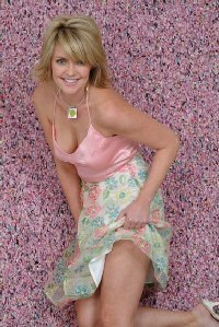 The Women Of Sci Fi And Their Provocative Poses Amanda Tapping