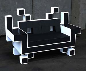 space-invaders-couch
